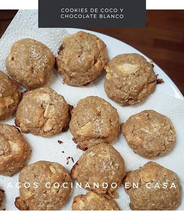 Cookies de coco y chocolate blanco